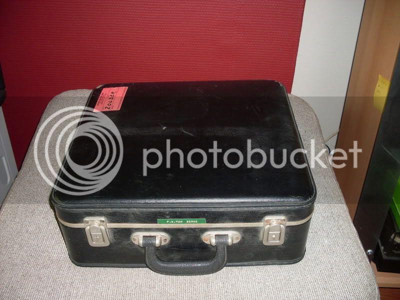 http://i445.photobucket.com/albums/qq174/bodemjager/Rommelmarkt%20Voorst%2007%2005%202011/SDC14003.jpg
