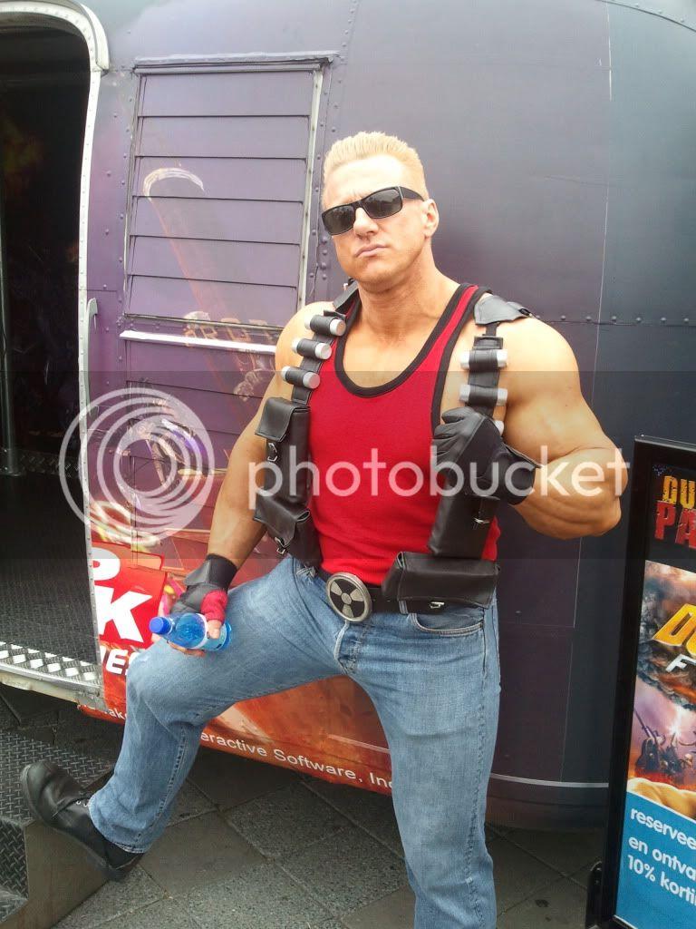 http://i1126.photobucket.com/albums/l610/eL_Jay88/2011-05-191551512.jpg