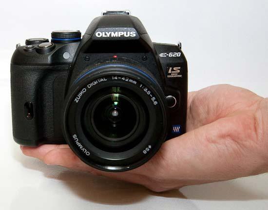 http://img.photographyblog.com/reviews/olympus_e620/olympus_e620_19.jpg