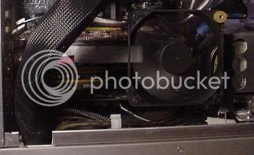 http://img.photobucket.com/albums/v292/Viss1/x1800xtfan.jpg