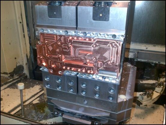 http://www.l3p.nl/files/Hardware/L3pL4n/Asus%20MARS%20II/Custom%20Block/78%20%5B550x%5D.JPG