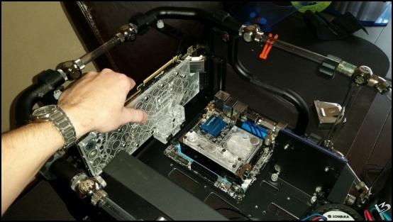 http://www.l3p.nl/files/Hardware/L3peau/Buildlog/89%20%5B550xl3pw%5D.JPG