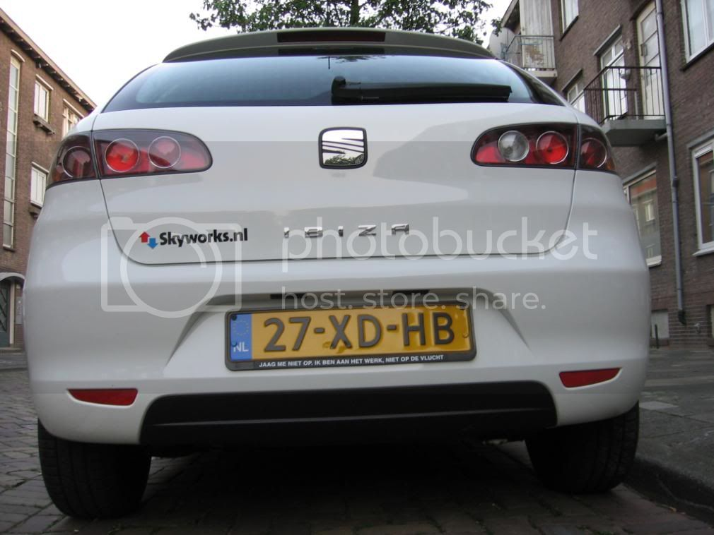 http://i177.photobucket.com/albums/w221/shameete/Seat%20Ibiza/IMG_2676.jpg