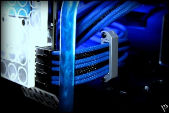 http://www.l3p.nl/files/Hardware/L3peau/Final/319%20%5B550xl3pw%5D.JPG
