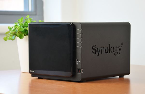 https://www.techtesters.eu/pic/SYNOLOGY916/302.jpg