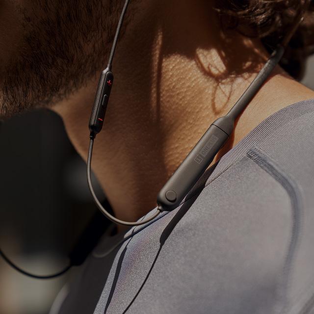 https://opstatics.com/store/20170907/assets/images/events/2018/04/earphone/attract/music@1x.jpg