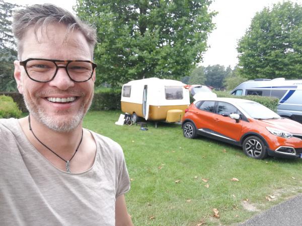 https://www.camperzone.nl/gky_uploads/2021/08/1630440086-600-x-450px-IMG_20210828_081711.jpg