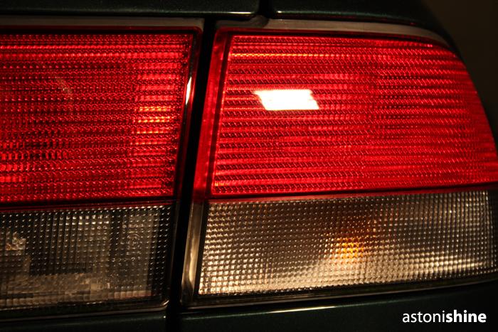 http://static.dennisenderink.nl/ad/saab_93_1009/achterlicht_na.jpg