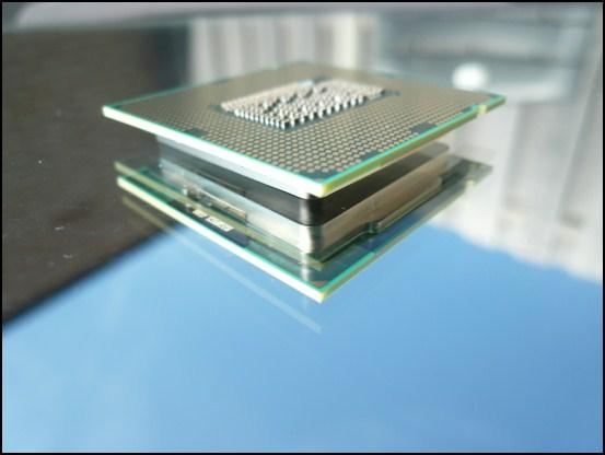 http://www.l3p.nl/files/Hardware/Cpu-lapping-2/550px/P1070910%20%5B550x%5D.JPG