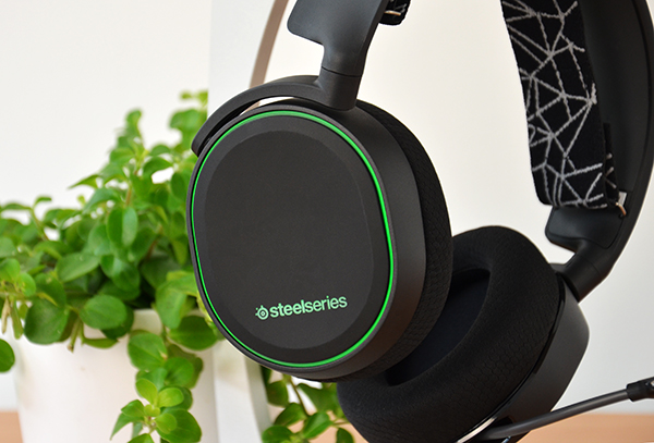 https://www.techtesters.eu/pic/STEELSERIESARCTIS5/502.jpg