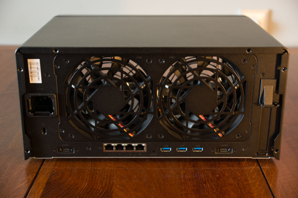 http://www.nl0dutchman.tv/reviews/synology-ds1817/1-70.jpg