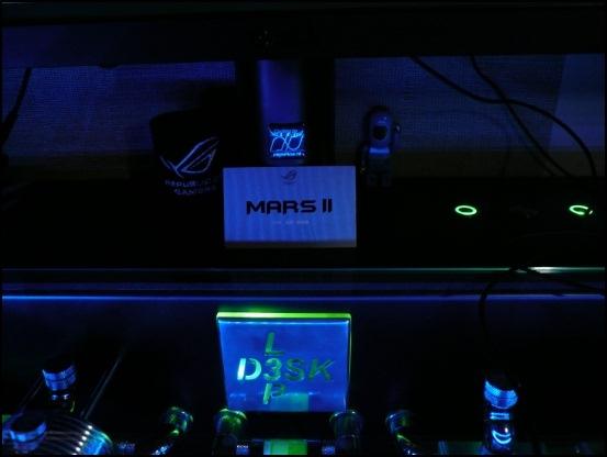 http://www.l3p.nl/files/Hardware/L3pL4n/Asus%20MARS%20II/P1090436%20%5B550x%5D.JPG