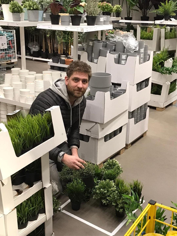 https://lumatronix.nl/FOK/VerticalGarden_Plantjes_uitzoeken_Ikea.jpg