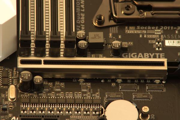 http://www.nl0dutchman.tv/reviews/gigabyte-x99-ultragaming/2-70.jpg