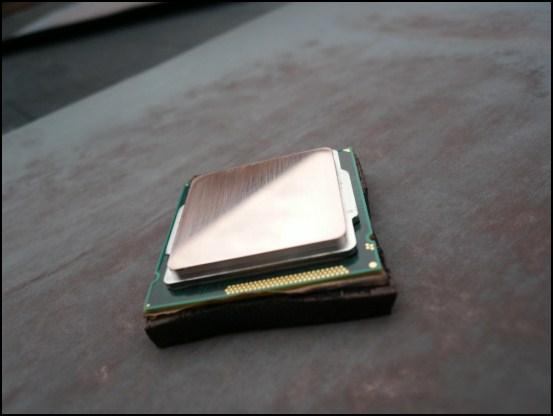 http://www.l3p.nl/files/Hardware/Cpu-lapping-2/550px/P1070940%20%5B550x%5D.JPG