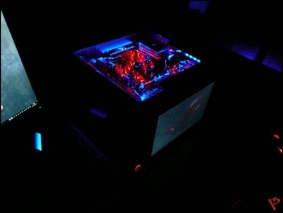 http://www.l3p.nl/files/Hardware/L3pL4n/Final/13%20%5B550x%5D.JPG