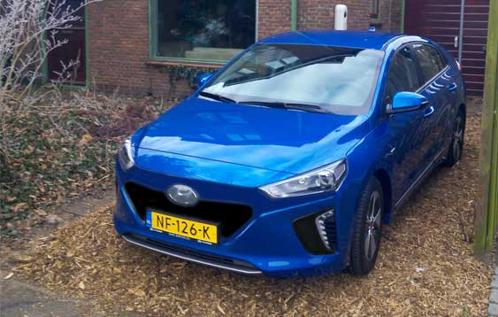 http://www.mccholland.nl/Hyundai/auto2.jpg