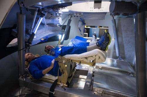http://cdn.phys.org/newman/csz/news/800/2013/astronautspr.jpg