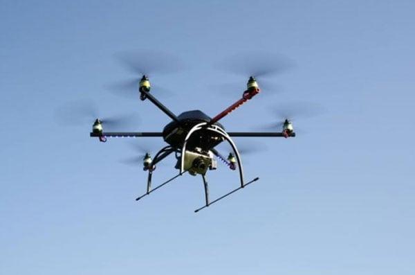 https://www.geeky-gadgets.com/wp-content/uploads/2010/02/hexacopter.jpg