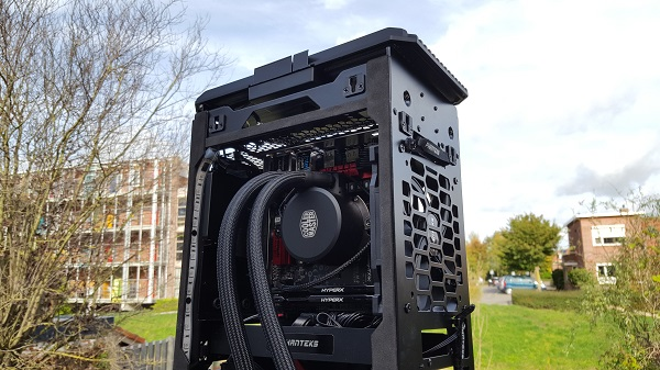 http://techgaming.nl/image_uploads/reviews/ASRock-X370-Gaming-ITX/Bestand%20(67).jpg