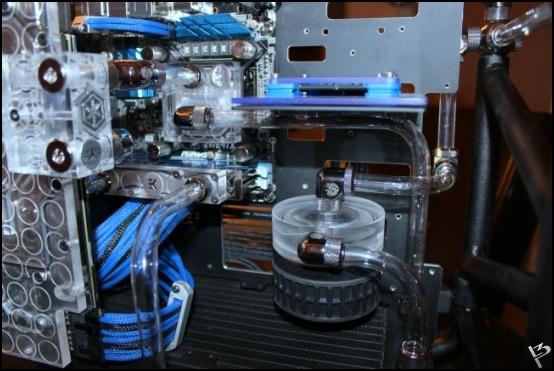 http://www.l3p.nl/files/Hardware/L3peau/Buildlog/158%20%5B550xl3pw%5D.JPG