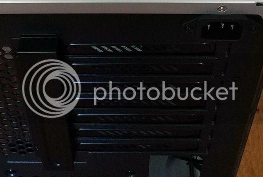http://i1117.photobucket.com/albums/k599/AmigaWolf/PC%20kast%20aangepaste%20fotos/Untitled_zps2fajblqn.jpg~original