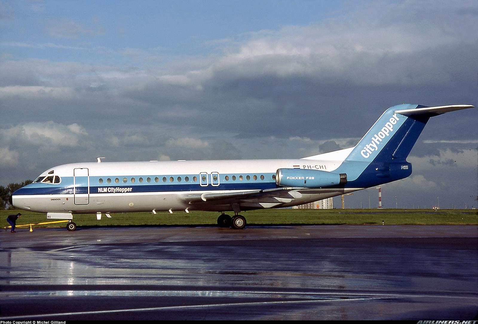 http://cdn-www.airliners.net/photos/airliners/7/4/3/0746347.jpg?v=v40