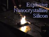Explosief nanokristallijn silicium