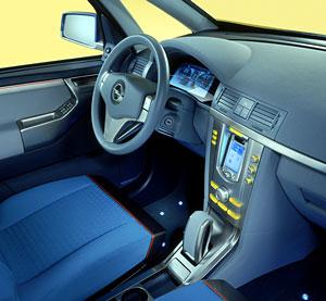 Opel Concep M met PocketPC