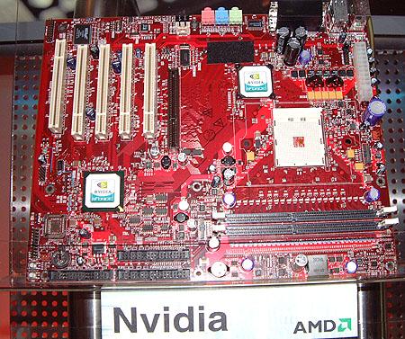 nVidia nForce Socket 754 moederbord voor ClawHammer