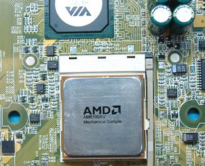 AMD Clawhammer demonstratie CeBIT 2002