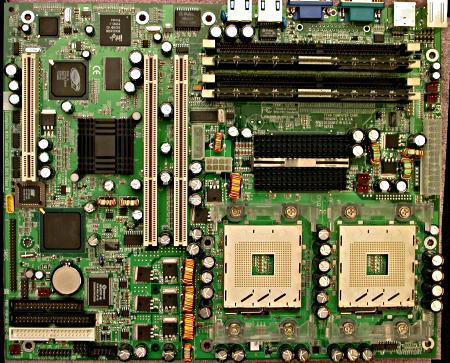 Tyan Tiger i7500 dual Xeon moederbord