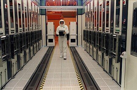 Intel Fab diffusion room