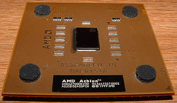 AMD Athlon XP 2700+ (schuin view)