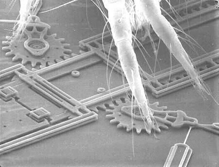 Prototype MEMS en poten spinmijt