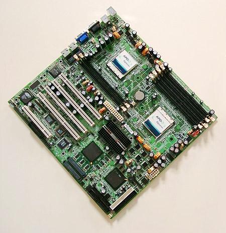 Tyan S2880 Thunder K8 dual Opteron moederbord (groot)
