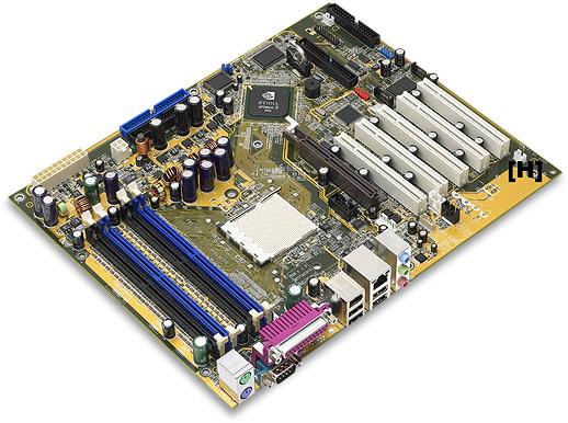 Asus nForce3 moederbord (groot)