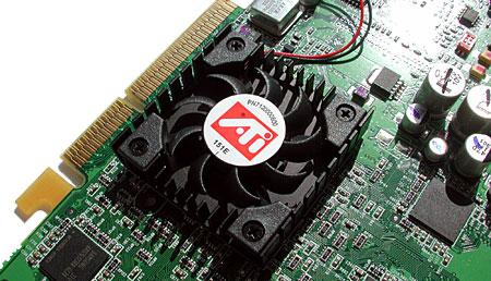 Radeon 9600 koeler close-up