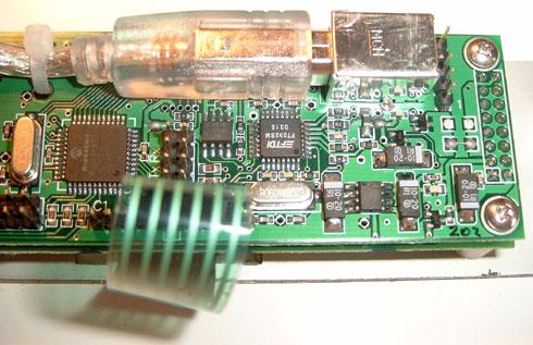 Matrix Orbital MX202 review - achterkant (rechts)