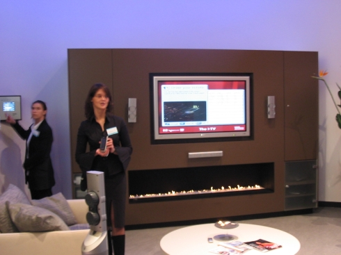 Living Tomorrow - Philips interactieve TV-wand