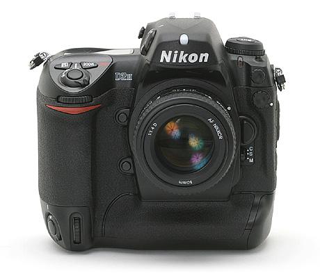 Nikon D2H digitale camera