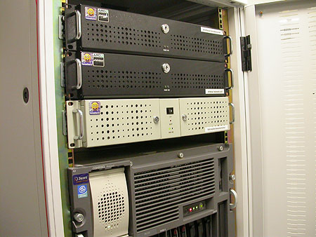 Serveronderhoud 20-12-2003: Arethusa terug op zijn plek