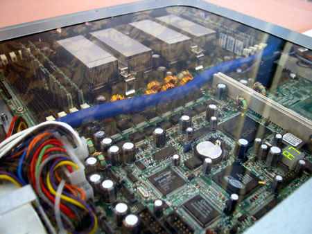 IDF 2004 - AMD - dual opteron low power