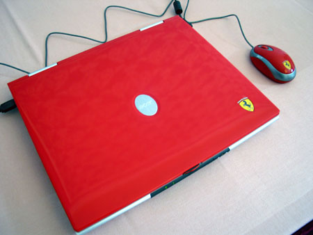 IDF 2004 - AMD - Acer Ferrari Notebook