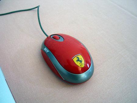 IDF 2004 - AMD - Acer Ferrari muis
