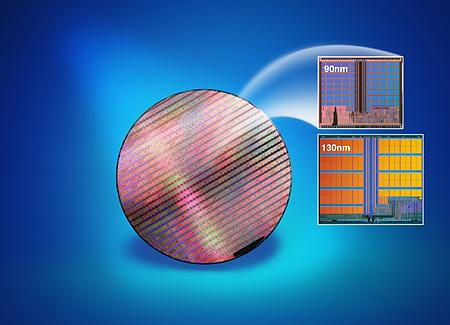0,09 vs 0,13micron flash Intel met wafer perspic