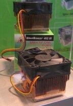 CeBIT 2004: GlacialTech Silent Breeze III en Igloo 2520 Pro (klein)