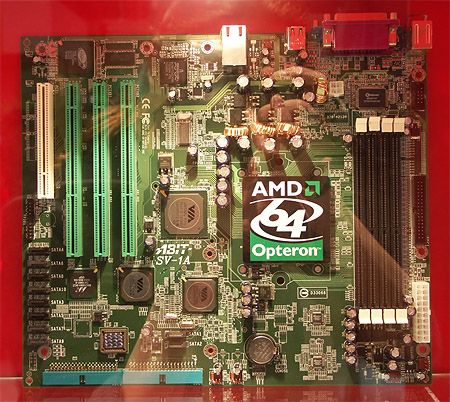 CeBIT 2004: Abit SV-1A Athlon 64 serverbord
