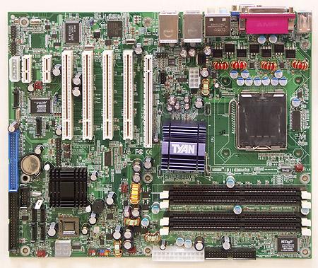 CeBIT 2004: Tyan Tomcat i915
