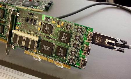 CeBIT 2004: 3ware Escalade 9500S-12MI
